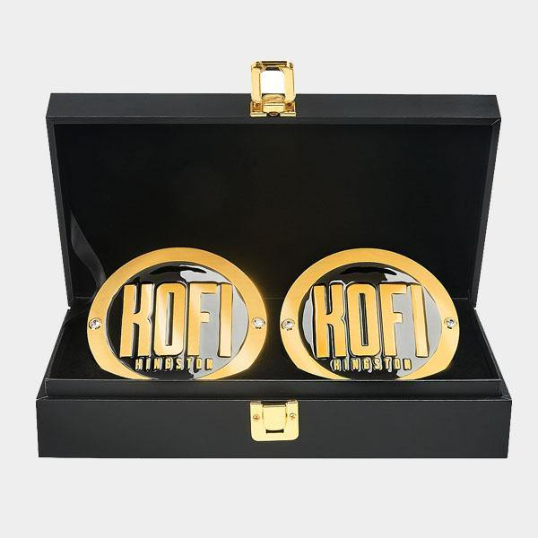 Kofi Kingston Championship Replica Side Plate Box Set
