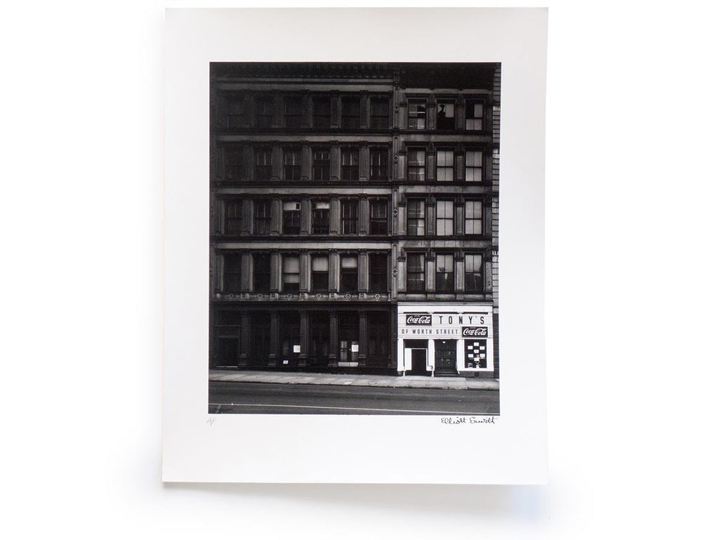 Elliott Erwitt Snaps Collector's Edition with Signed Print of New York, 1969