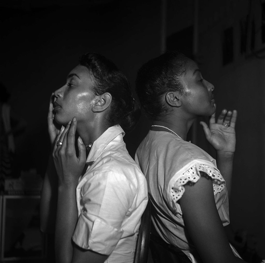 Models backstage at the Abyssinian Church. New York. 1950.