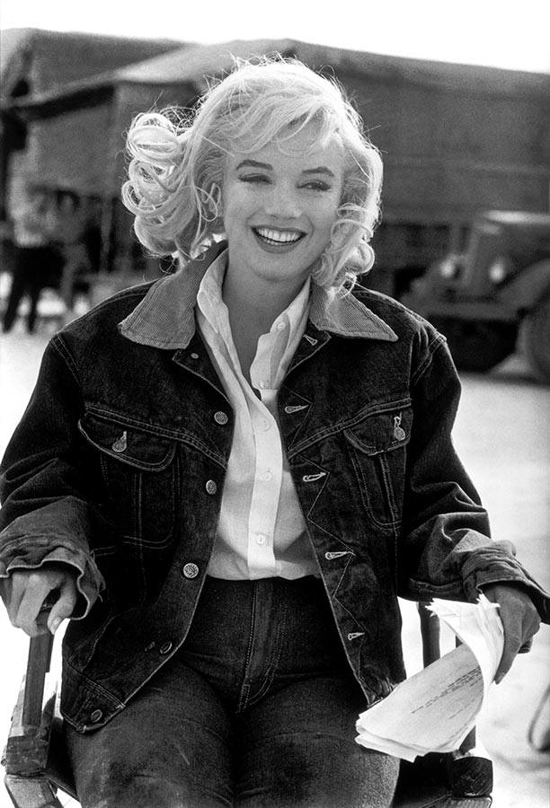 Marilyn Monroe on set. Nevada, USA. 1960.