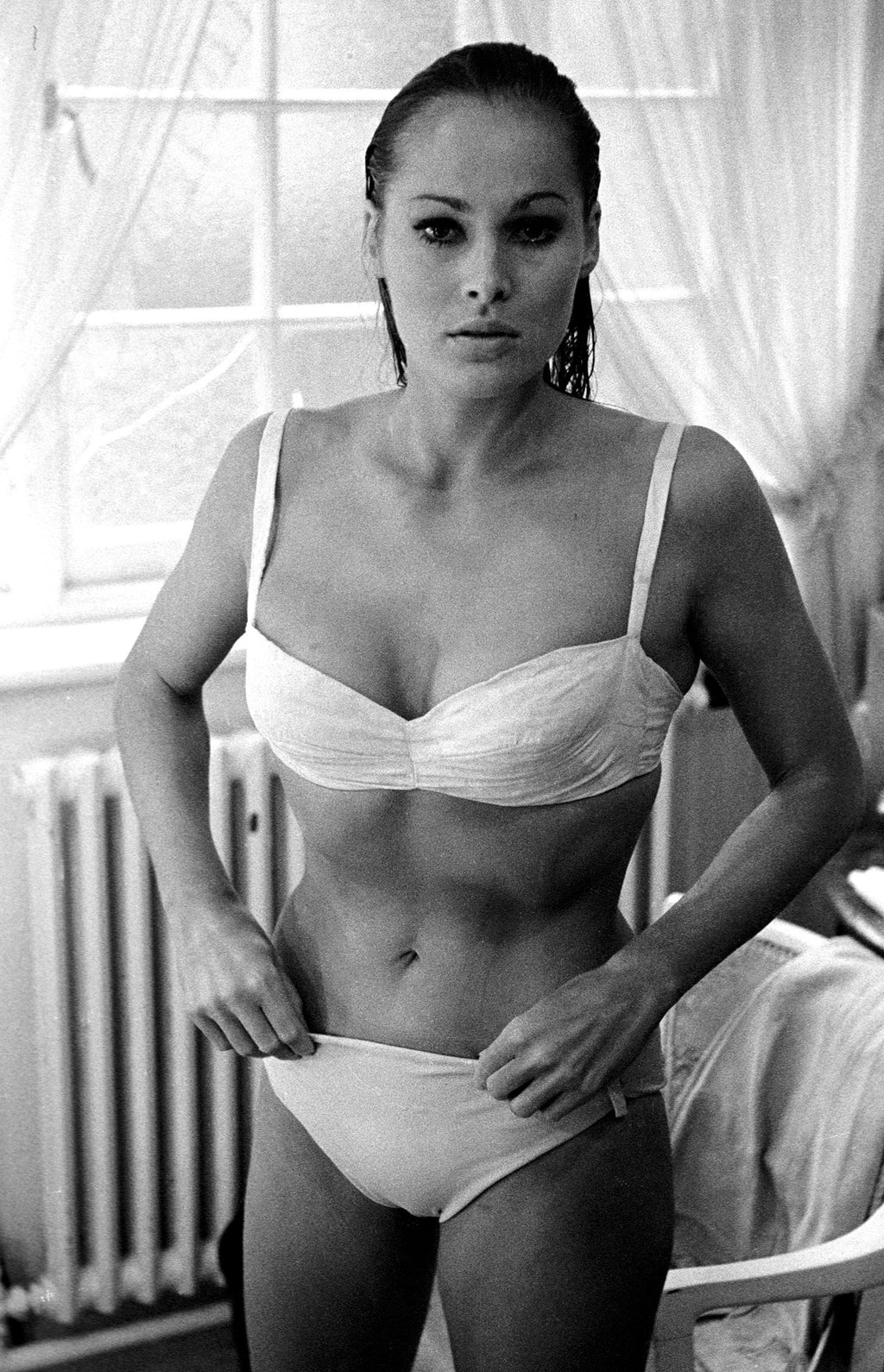 Ursula Andress. London, England. 1962.