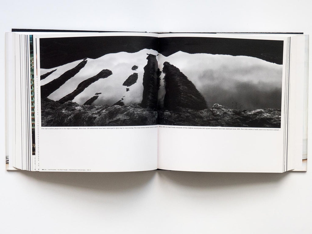 Magnum Stories - Signed by 25 Photographers