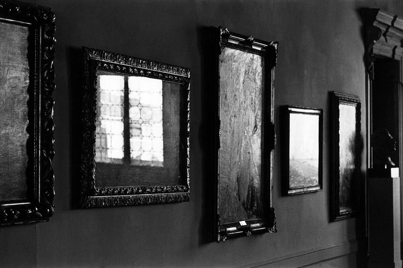 9. Italy. Venice. 1965. (Invisible paintings)