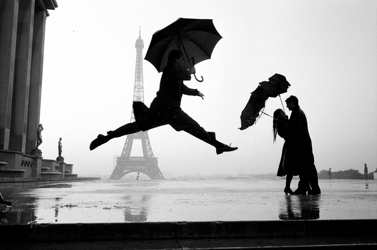 13. France. Paris. 1989. (Umbrella jump)