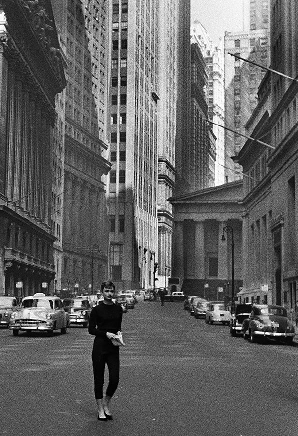 Audrey Hepburn near Wall Street. New York City, USA. 1954.
