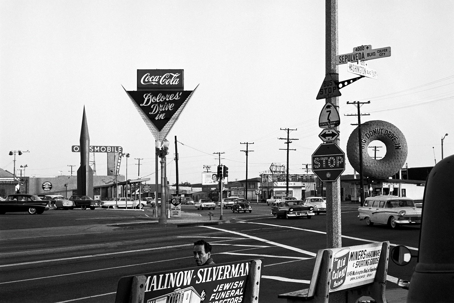 The corner of Sepulveda and Washington Boulevards. Los Angeles, California, USA. 1960.