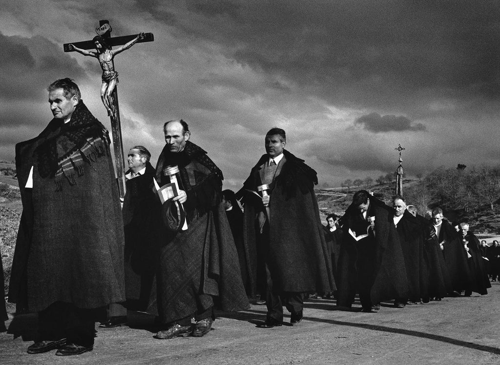 The procession of Christ. Bercianos de Aliste, Spain. 1975.