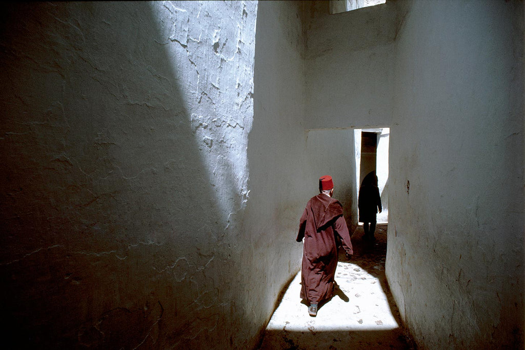 40dd0fd95ac31 Alley near the sanctuary of Moulay Idriss Zerhoun. Fez, Morocco. 1984. -  Signed Fine Print by Bruno Barbey – Magnum Photos