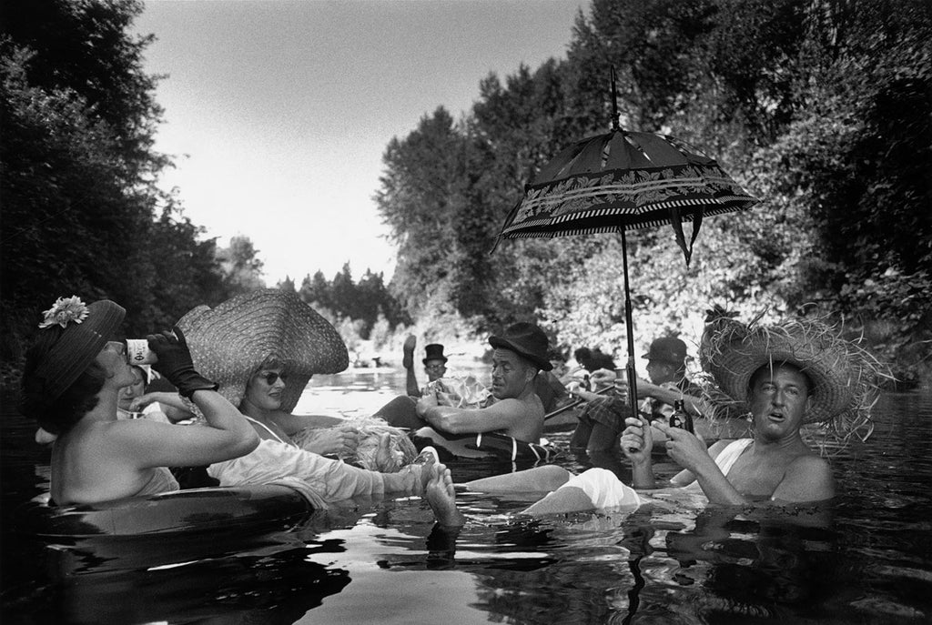 Members of the Seattle Tubing Society in full float. Seattle, 1953.