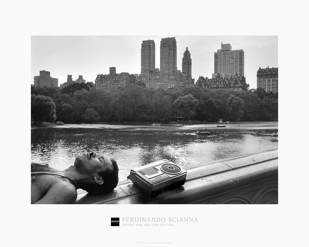 Magnum Collection Poster: Central Park, New York City. 1985.
