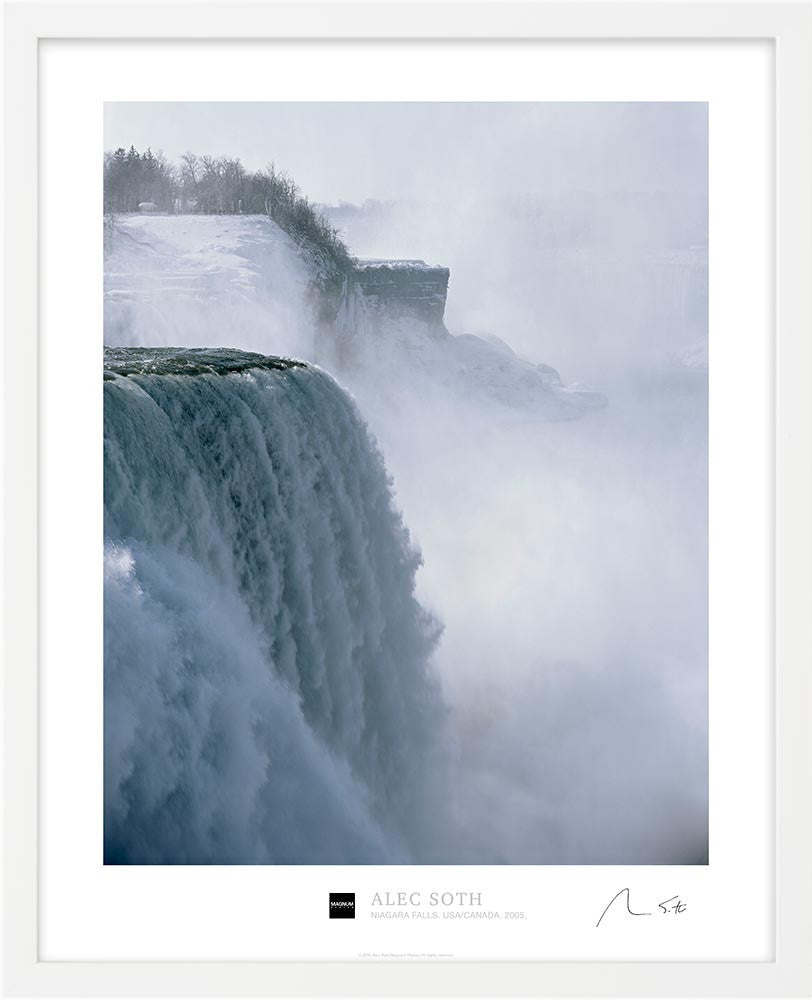 Signed Magnum Collection Poster: Niagara Falls. USA/Canada. 2005.