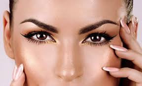 Eyebrow Waxing and Tinting for $20.00