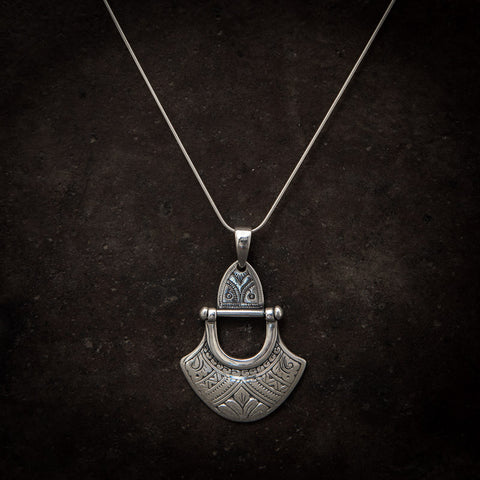 Engraved Sterling Silver 'Tuareg' Pendant and Chain - Beyond Biasa