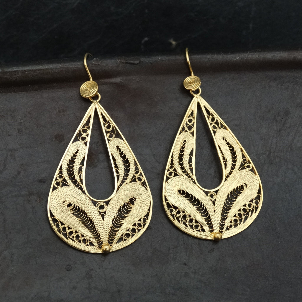Gold Vermeil Teardrop Filigree Earrings - Beyond Biasa
