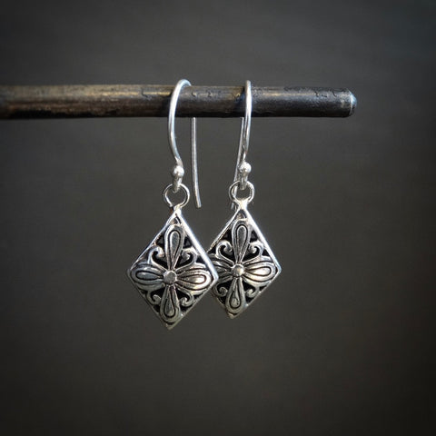 Sterling Silver Detailed Dimond Drop Earrings - Beyond Biasa