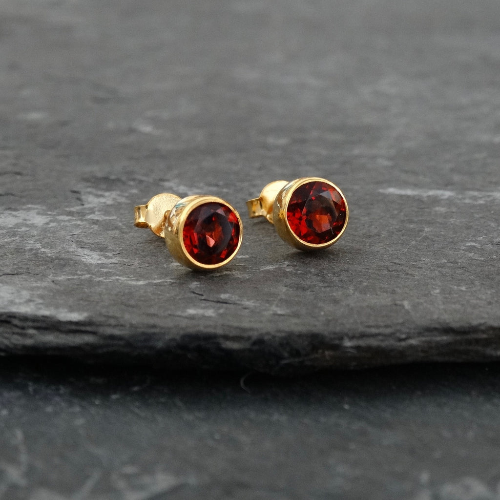Garnet and Gold Vermeil Round Stud Earrings - Beyond Biasa