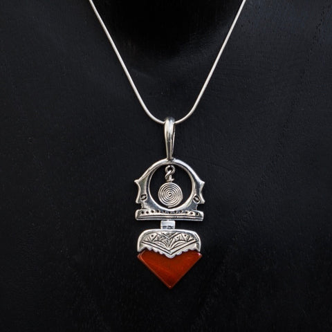 Carnelian and Sterling Silver 'Tuareg' Pendant and Chain - Beyond Biasa
