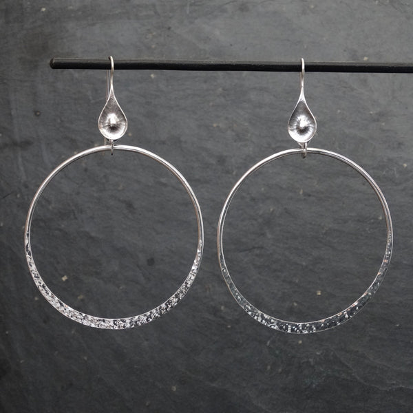 Hammered Silver Open Circle Earrings - Beyond Biasa