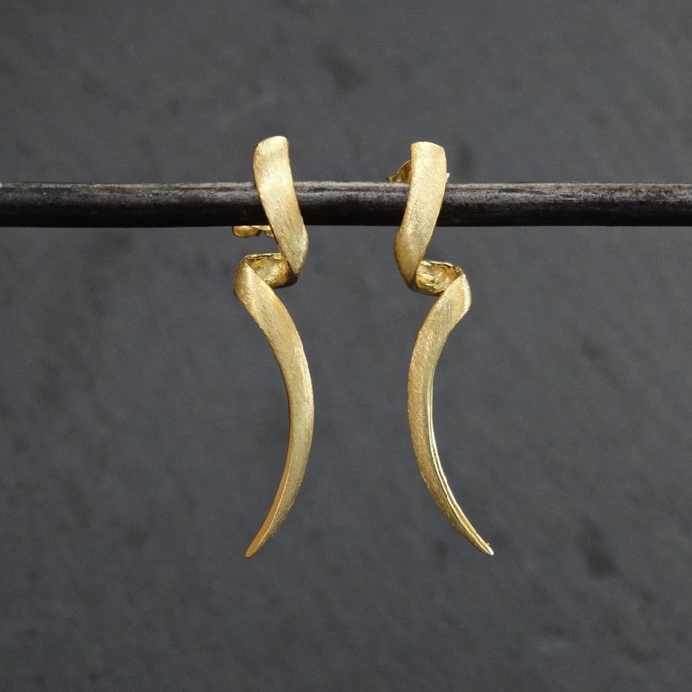 Brushed Gold Vermeil Twist Stud Earrings - Beyond Biasa