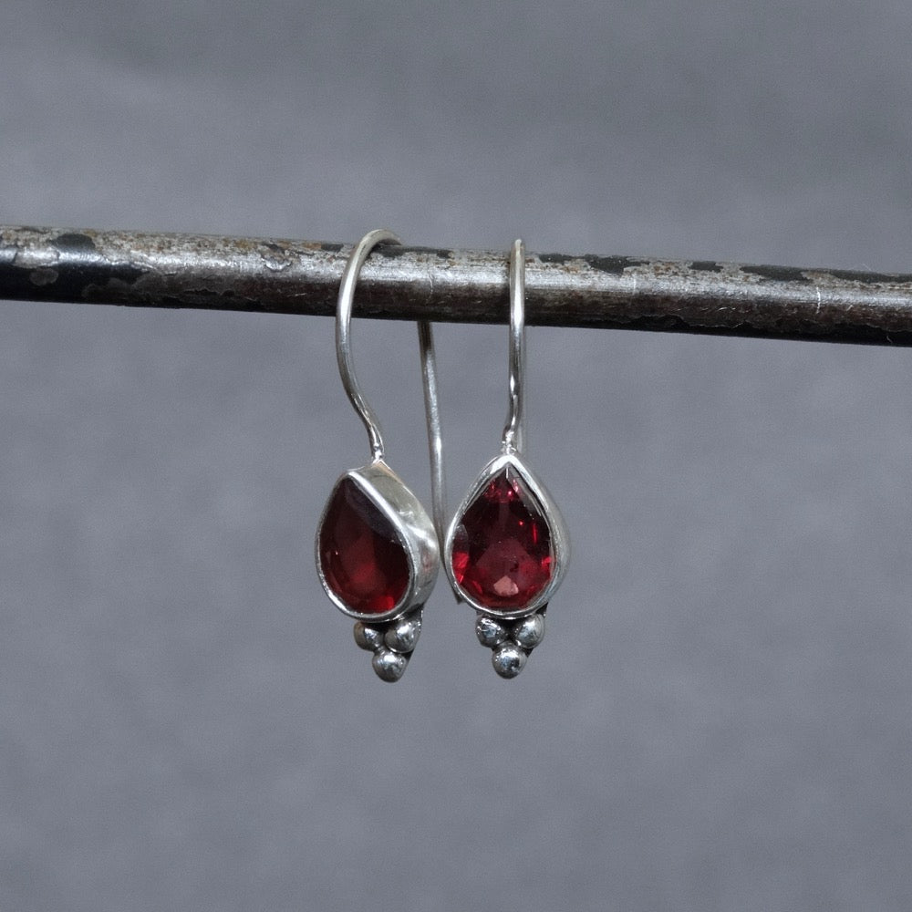 Garnet and Sterling Silver Teardrop Earrings - Beyond Biasa