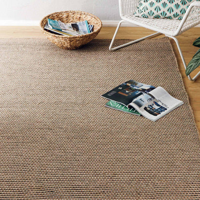 Kolong Wool Rug [Sand/Off-white]