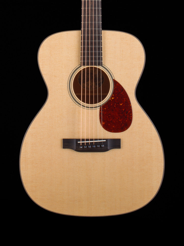 Collings OM1 - Sitka Top - Mahogany Back and Sides - Collings OM Case