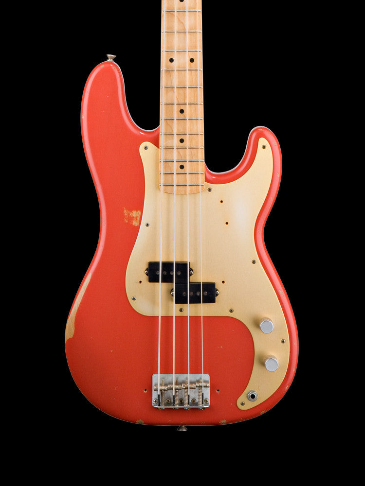 Fender Road Worn Precision Bass - Fiesta Red 8.2lbs.