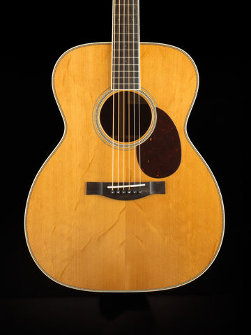Santa Cruz OM Grand - Torrefied Bear Claw Sitka Spruce Top - East Indian Rosewood Back and Sides