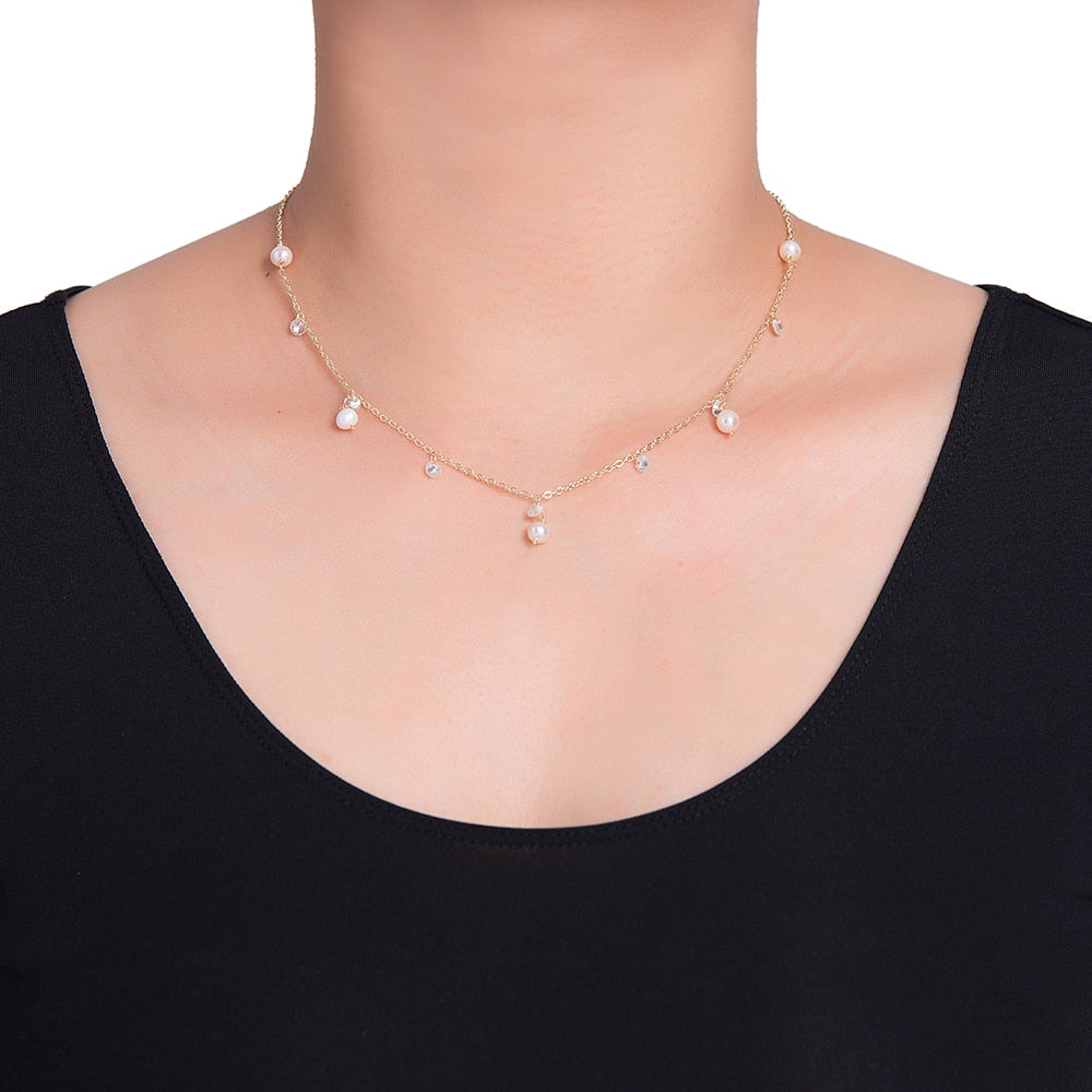 Bunch of Pearl Necklace in Gold Plated - Pearl Necklace
