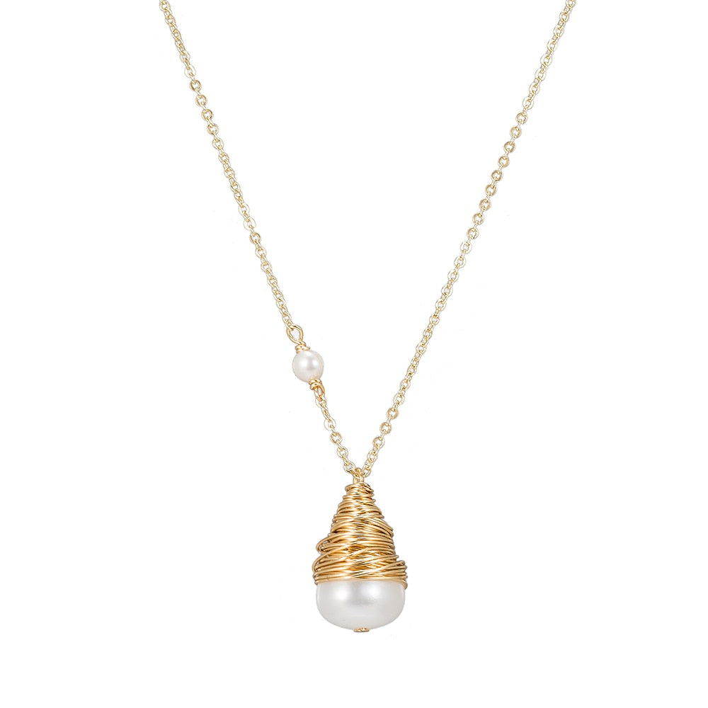 Bulb Pearl Necklace in Gold Plated