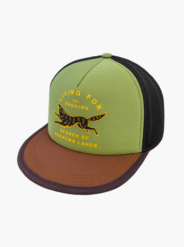 Outdoor trucker hat