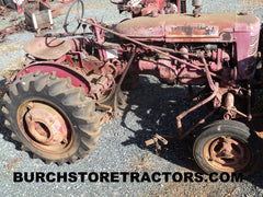 International 140 tractor for salvage parts