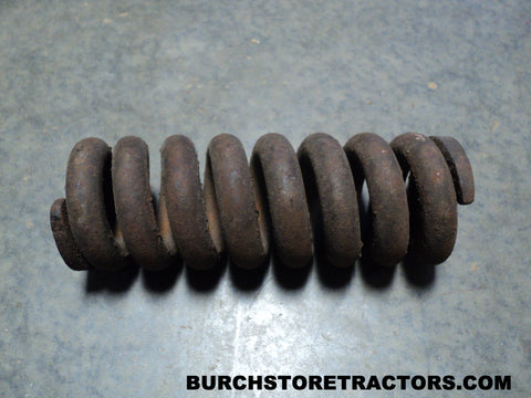 Case IH part number 520712R1, lift spring