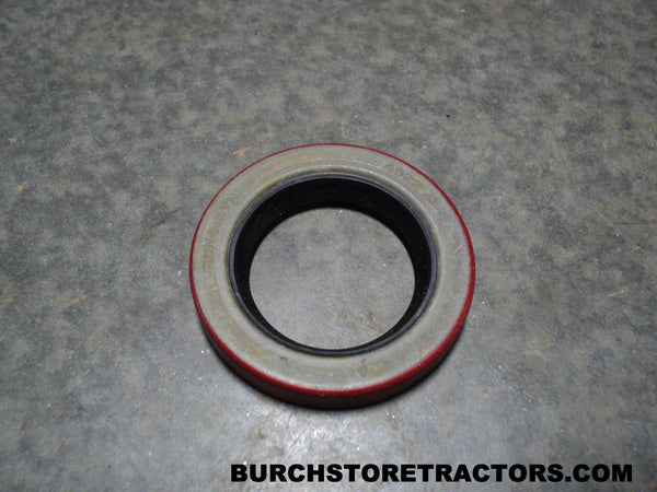 Final Drive Differential Bearing Retainer Oil Seal for Farmall A Tractors