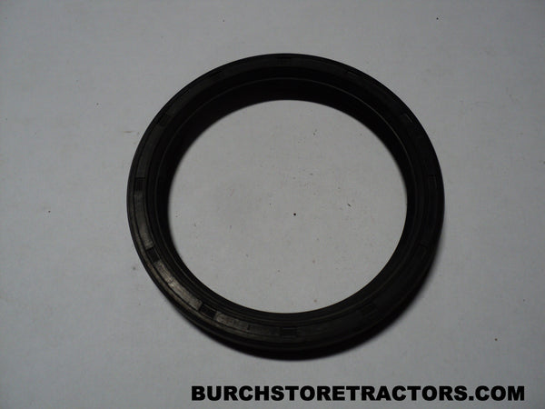 Ford 3600 Tractor Rear Axle Outer Seal, C5NN4115B