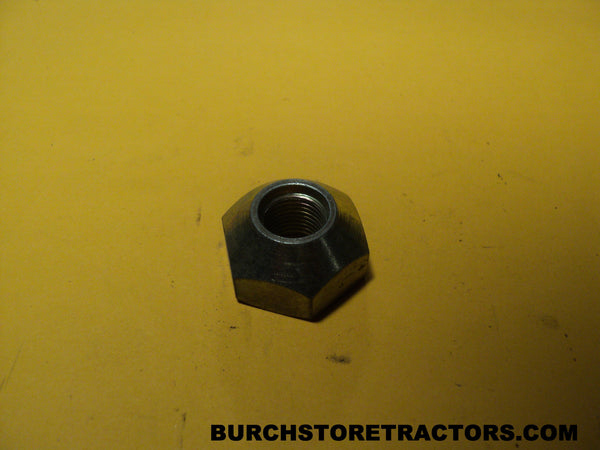Lug Nut for Ferguson TO20 Tractors, 195490M1