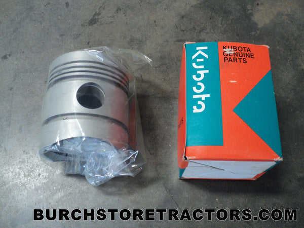 Kubota Part Number 15121-21110 Engine Piston for Kubota L260