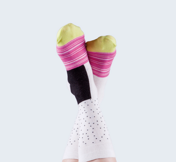 Maki Socks California Roll