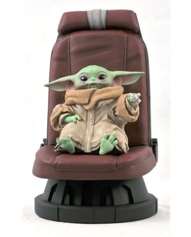 Star Wars The Mandalorian Child in Chair 1:2 Scale Statue