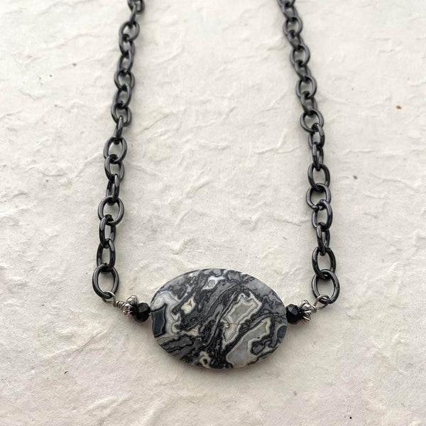 Crazy Lace Agate on Black Chain