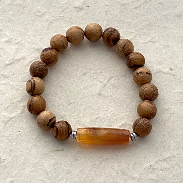 Wood Beads with Caramel Agate Accent Bead Stretch Bracelet