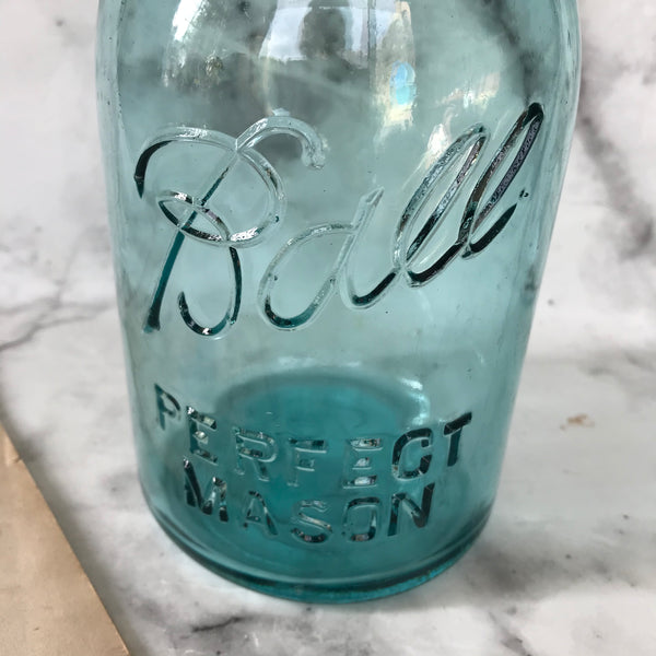 1920s Ball Perfect Mason jar in turquoise glass with zinc lid