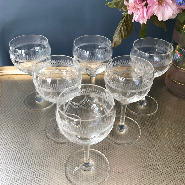 Set of six etched port or liqueur glasses with swag pattern