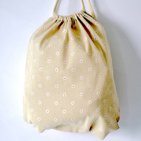 White Daisies Drawstring Bag - The Twinees