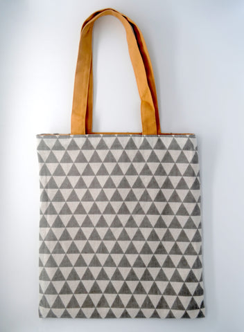 Interchangeable Beige Tote Bag