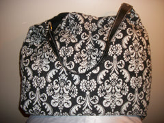 Black/White quilted bag