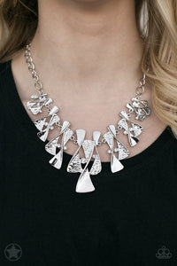Silver Groove Necklace Set