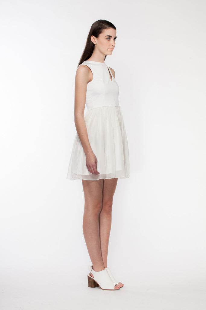 Hana - White Summer Dress