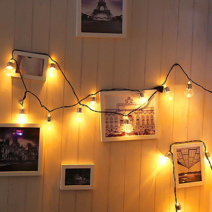 Solar Retro Bulb String Lights