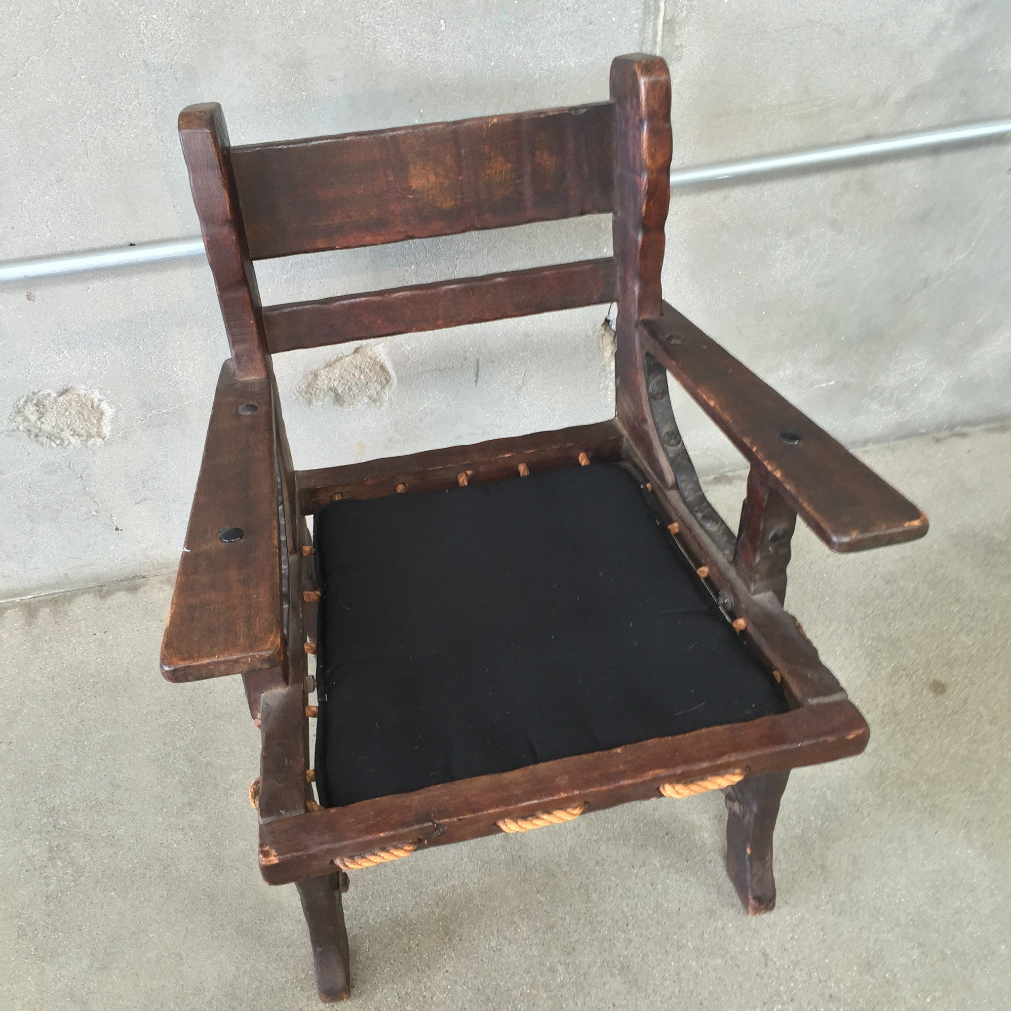 Exceptional ... Monterey Side Chair With Rope Bottom And Iron Stretchers ...